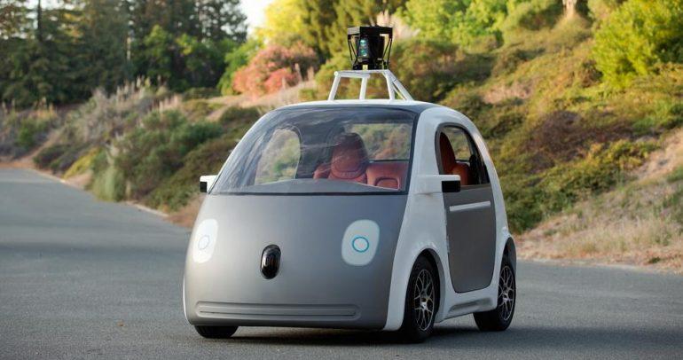 """غوغل: 100 سيارة """"ذاتية القيادة"""" في كاليفورنيا خلال عامين !"""