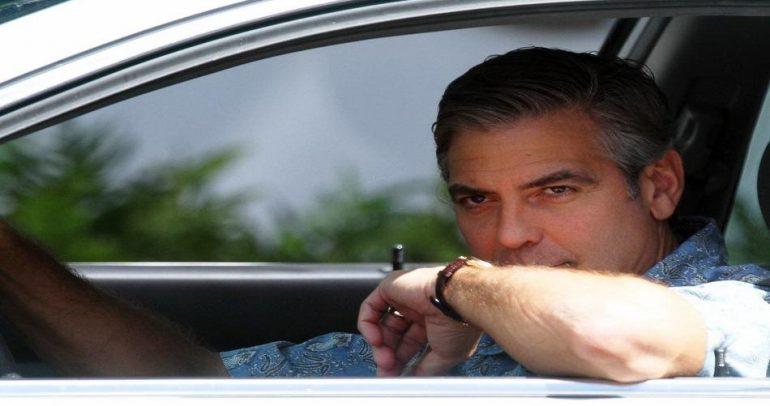 ما هي السيارة المفضلة لجورج كلوني ؟