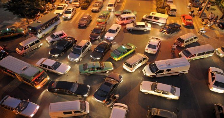 الحل الذي سيحد من الإزدحام المروري بنسبة 80% هو..