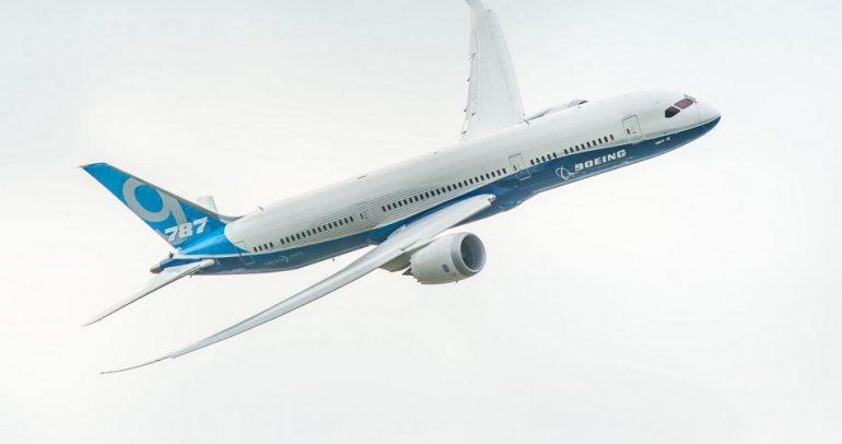 بالفيديو: طائرة بوينغ ترقص في الجو.. بجنون