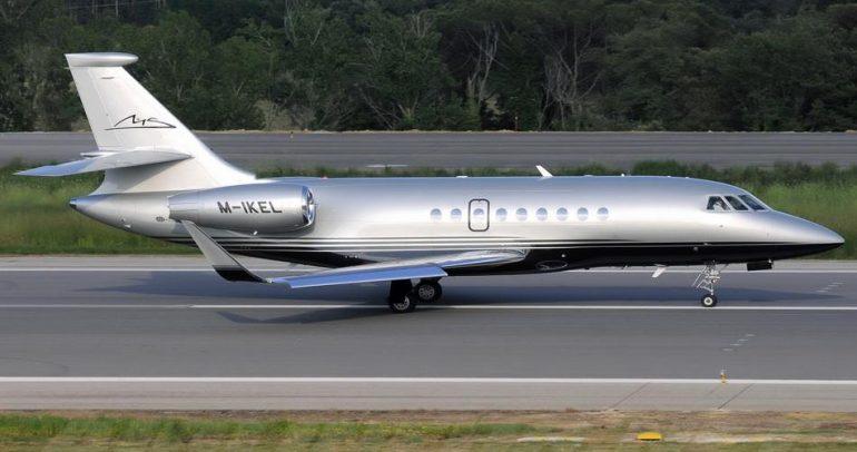 طائرة مايكل شوماخر الخاصة للبيع.. والسبب؟