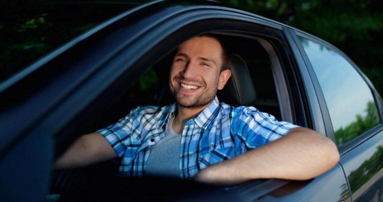 قد لا تصدق.. سيارات تحسن المزاج وتتحادث مع بعضها!