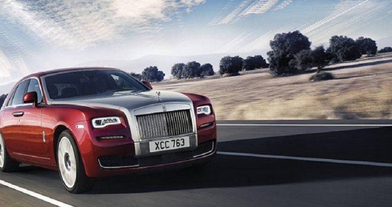 للسيدات المميزات فقط.. اليكن أكثر سيارة أنيقة للعام 2015