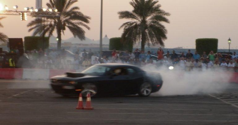 بالفيديو: إليكم أخطر تفحيط يمكن أن تراه عيناك في السعودية