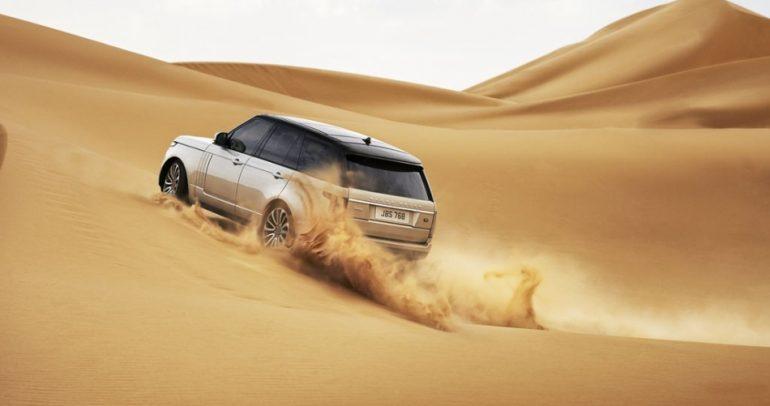 إليكم أقوى تفحيط على جبال الرمل في السعودية (فيديو)