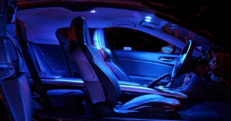 ما أهمية تزويد سياراتكم بالضوء الأزرق ؟