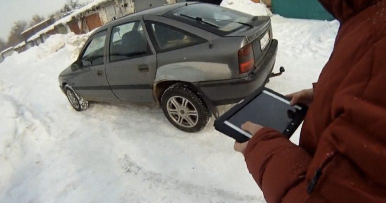 بالفيديو: أصبح بامكانك قيادة سيارتك من الايباد والجهاز اللوحي