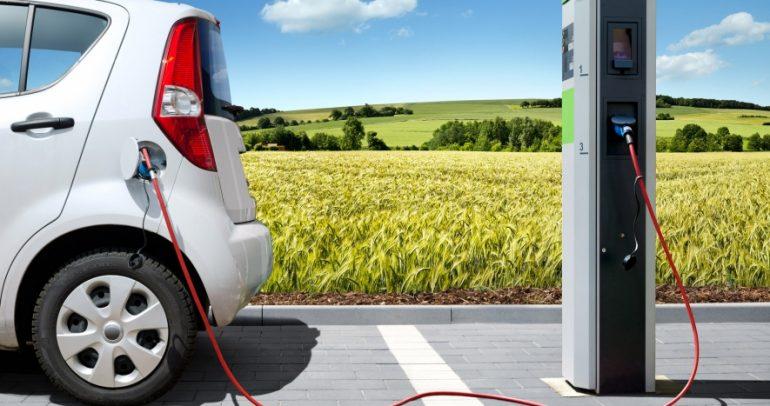 هل تريد تحويل سيارتك من البنزين إلى الكهرباء؟