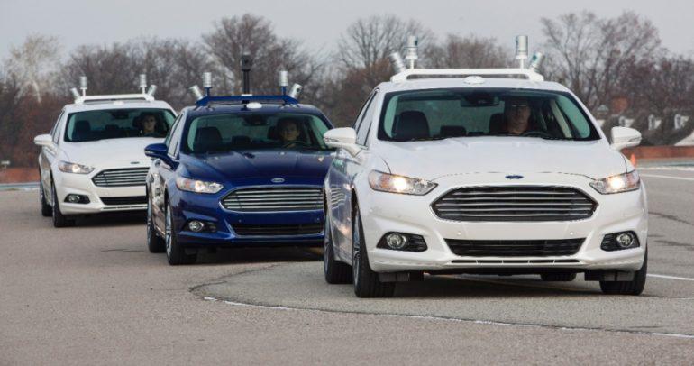 هل ستكون الامارات اول دولة تطلق سيارات بدون سائق ؟