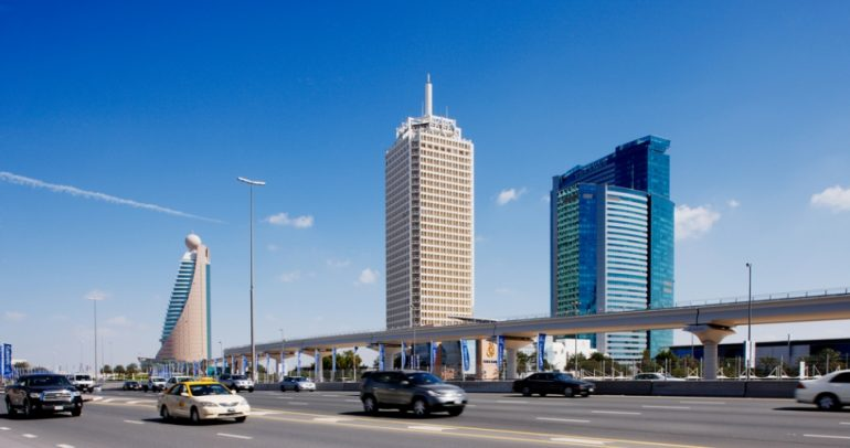 اعلان هام: مخالفات مرورية تلتقط من سماء أبوظبي