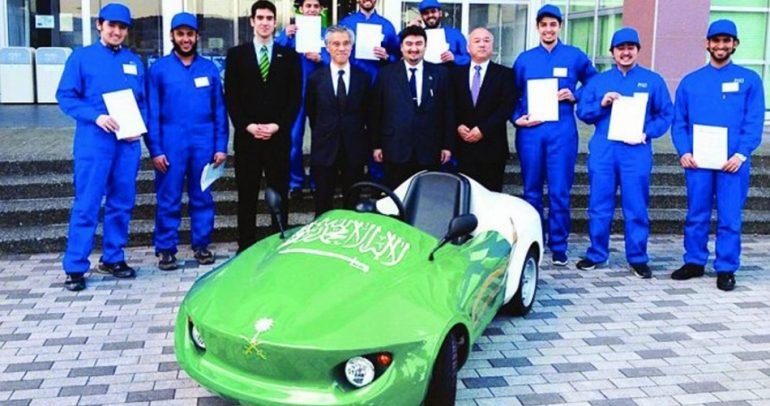 فخر الصناعة السعودية.. سيارة كهربائية رائعة من أيادي شباب المملكة