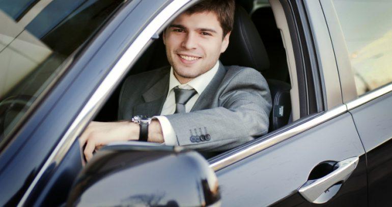 بالصور: عندما تتحول السيارات الى ساعات يمكن ارتدائها