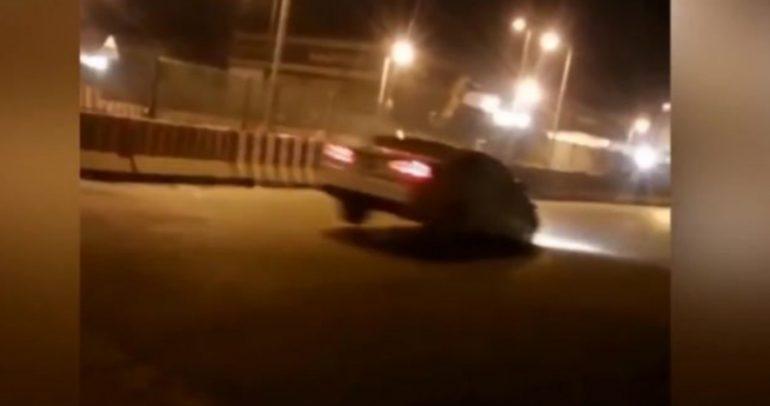 مطب سرعة جديدة جعل السيارات تتطاير في السعودية