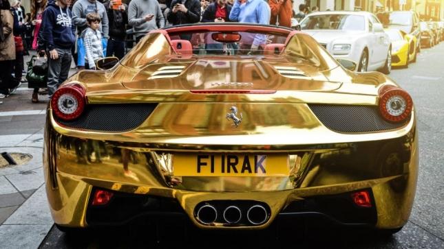 شاهد الآن أغلي السيارات في العالم مصنوعة من الذهب الخالص