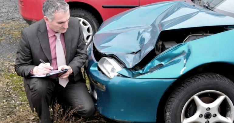 بالفيديو: طريقة سحرية لإصلاح صدمات السيارة