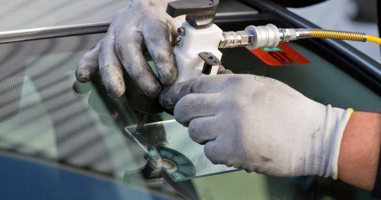 إتفاق سيطور عملية إصلاح وتبديل زجاج المركبات في دول الخليج