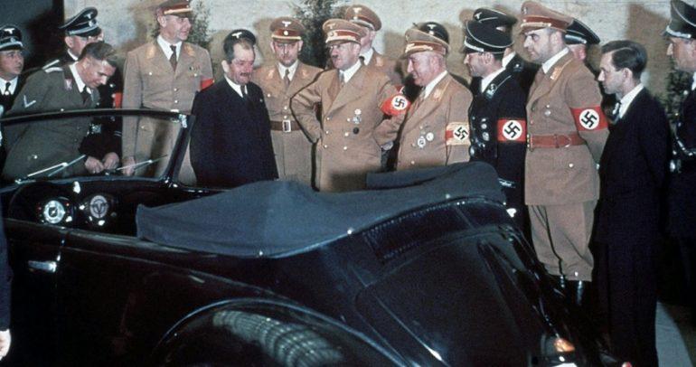 ما علاقة أدولف هتلر وفرديناند بورشيه بالسيارة الأكثر شعبية فولكس فاجن بيتل؟