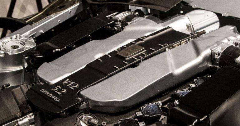 إسمع كيف يكون زئير محرك V12 مع ٢ توربو