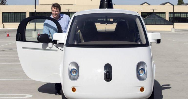 سيارات جوجل الذاتية القيادة تعرف الآن متى تقوم بالتزمير