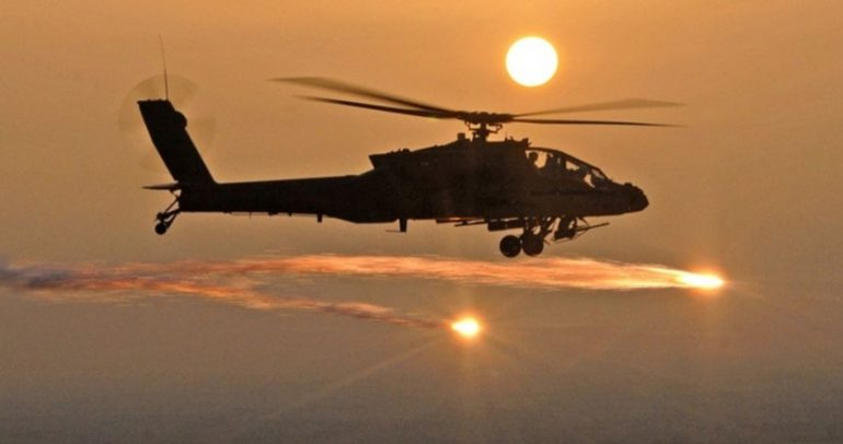 طائرات أباتشي AH-64D القتالية مسلحة بقاذفات ليزر!
