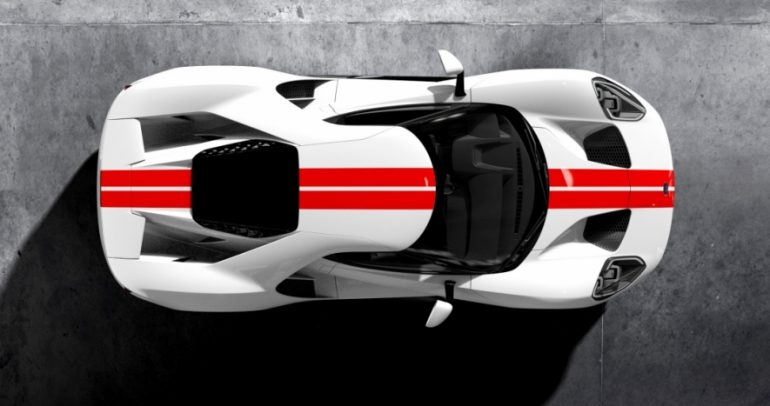 لماذا تم تمديد إنتاج سيارة فورد GT الفائقة الأداء؟ وإلى متى؟