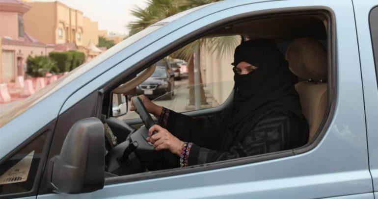 أين أصبح موضوع قيادة النساء للسيارة في المملكة السعودية؟