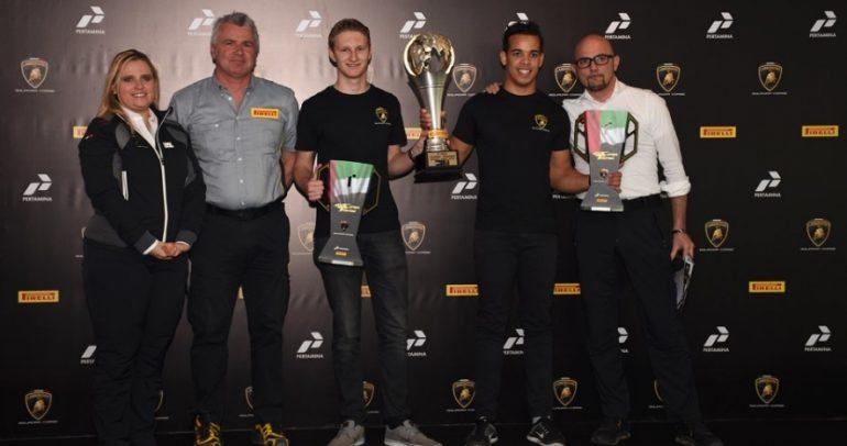 جيفريز وبروكرز يفوزان بلقب لامبورغيني سوبر تروفيو على دبي أوتودروم