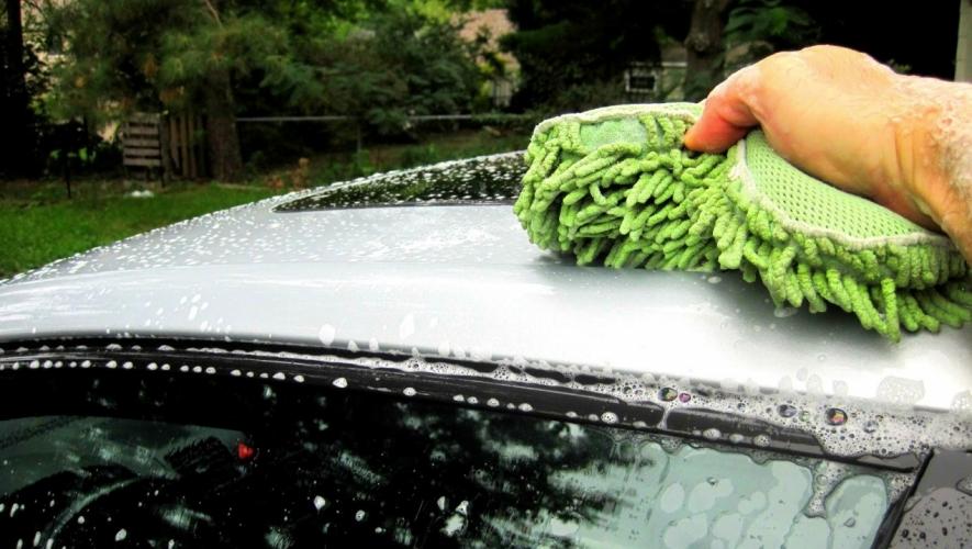تجنب الأخطاء التالية أثناء غسيل السيارات