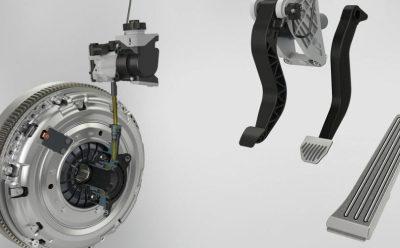 قابض جديد يسمح للسيارات الهجينة بتشغيل علبة تروس يدوية