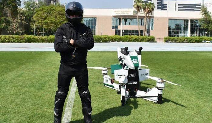 احذر شرطة دبي.. فقد يتم إلقاء القبض عليك من دراجة طائرة!
