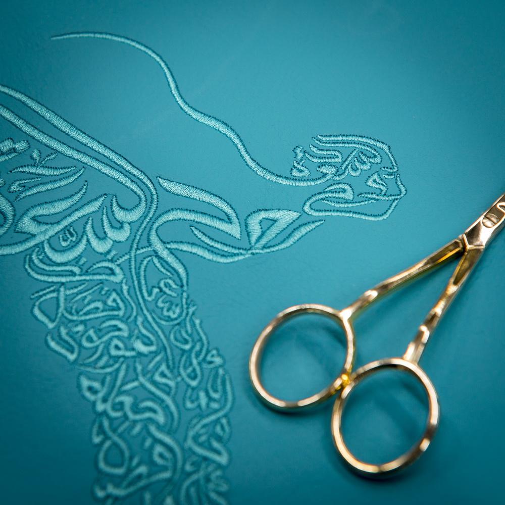 رولز رويس خاصة ومميزة جوست بنسخة روح الخط العربي