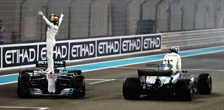 سباق أبو ظبي يخلط الأوراق ويزيد الغموض لموسم الفورمولا ١ المقبل