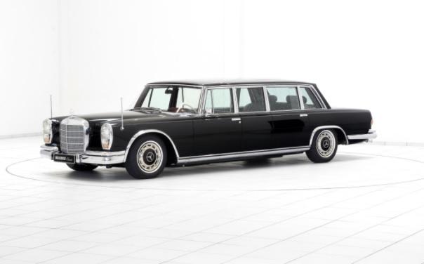 أحدث سيارات مرسيدس الكلاسيكية معرض دبي للسيارات