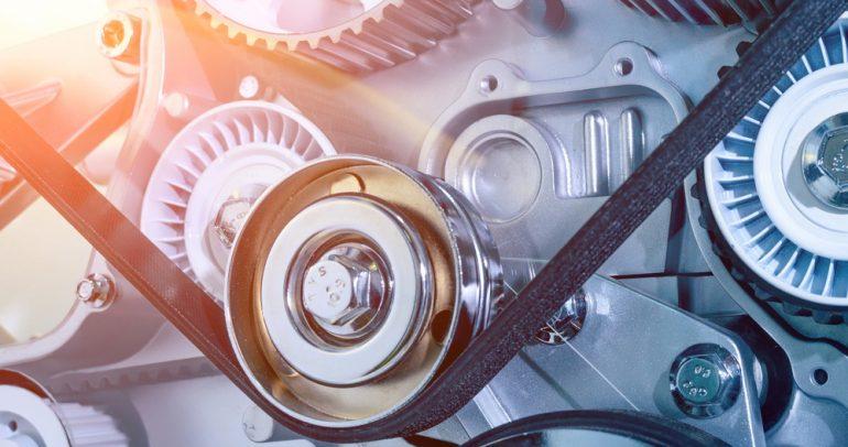ما هي الأجزاء المكونة لمحرك السيارة؟