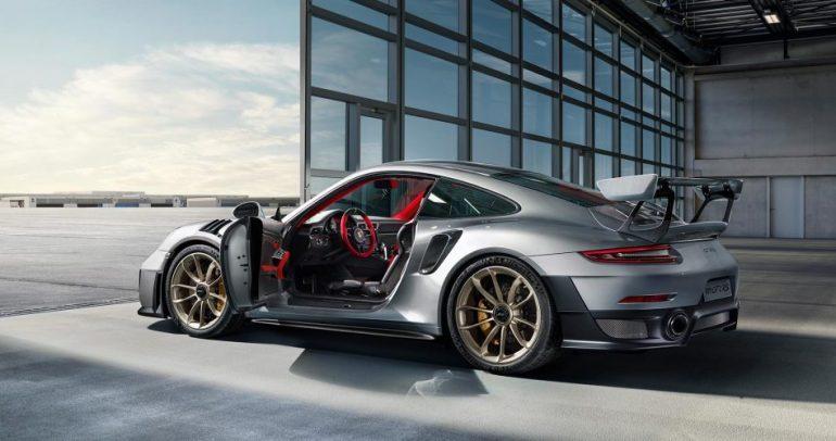 5 سيارات جديدة من بورشه ستبهر الجمهور مطلع عام 2018