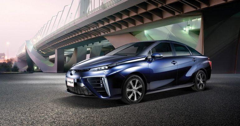 خطة طموحة من تويوتا لزيادة انتشار السيارات الكهربائية