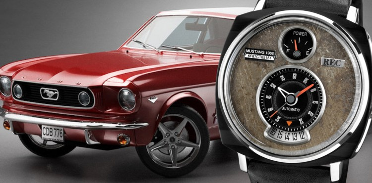 ساعة مصنعة من قطع سيارة فورد موستانج