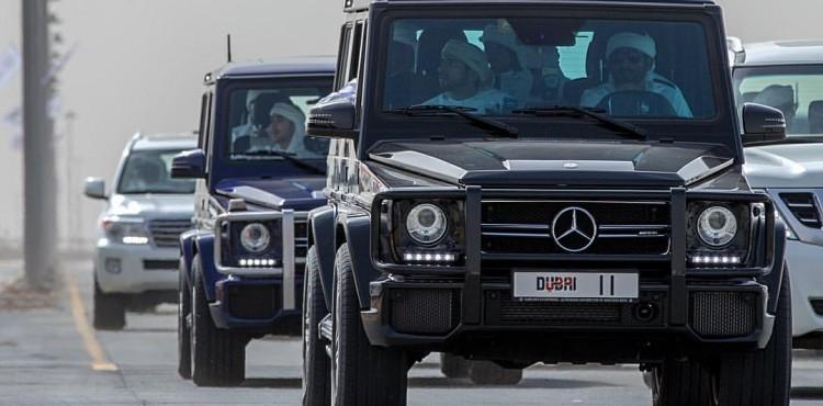 فيديو ولي عهد دبي يكشف القدرات الهائلة لسيارة مرسيدس G class