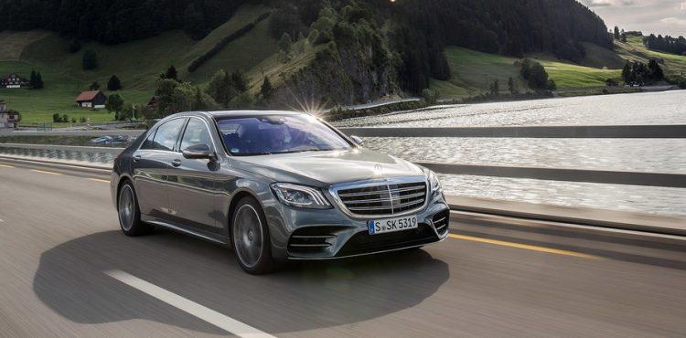 مرسيدس-بنز تتصدر فئة السيارات الفاخرة عام 2017