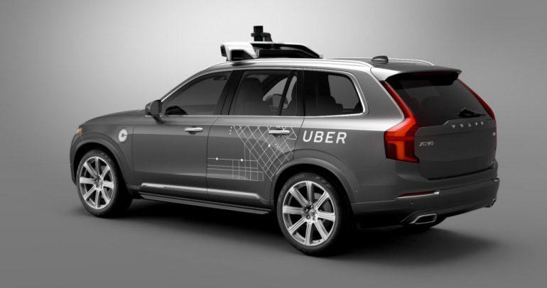 مصرع امرأة في حادث تسببت به سيارة ذاتية القيادة تابعة لشركة أوبر