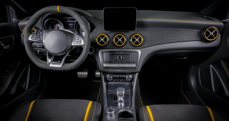 جلد الكانتارا المستخدم في داخلية السيارات: طبيعي أم اصطناعي؟