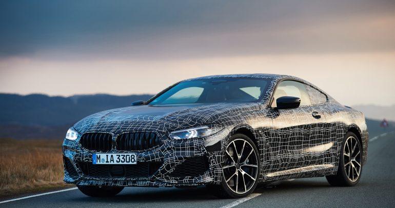 شاهد سيارة BMW الفئة الثامنة تقوم بتجارب القيادة على الحلبة