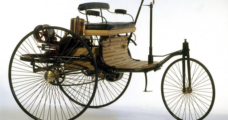 بإمكانك الآن شراء نموذج أصلي عن أول سيارة في العالم من مرسيدس نفسها