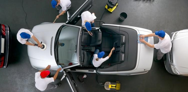 نصائح لتنظيف مقصورة السيارة بأفضل طريقة