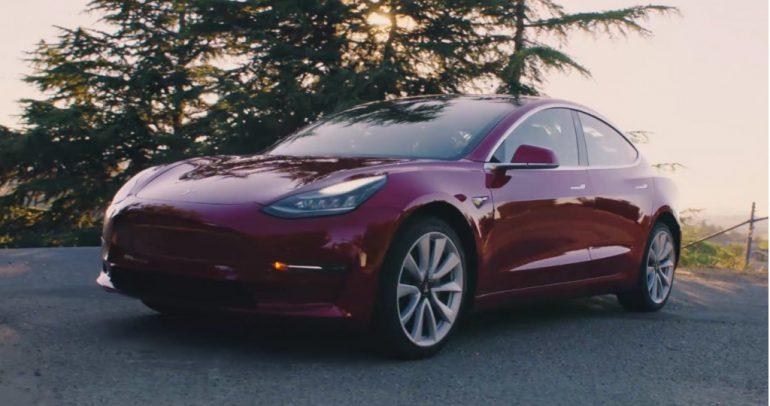 تسلا توفر حزمة للحلبات في Model 3