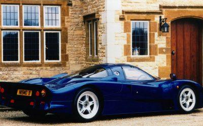 نيسان R390 GT1