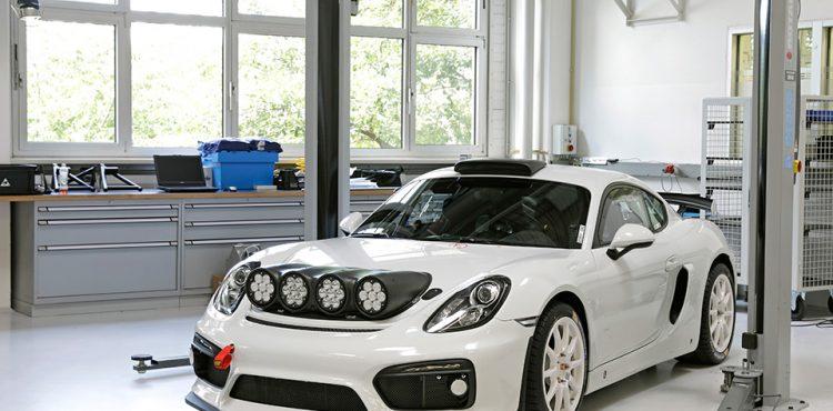بورشه كايمان GT4 رالي