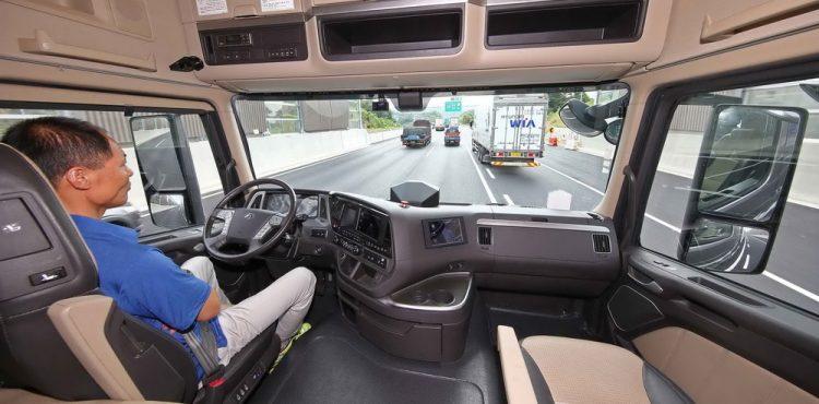 شاحنة ذاتية القيادة تنهي رحلتها الأولى بنجاح