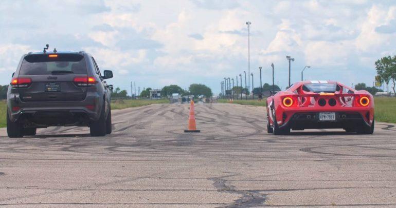 جراند شيروكي تراكهوك معدلة بسباق مميز مع فورد GT
