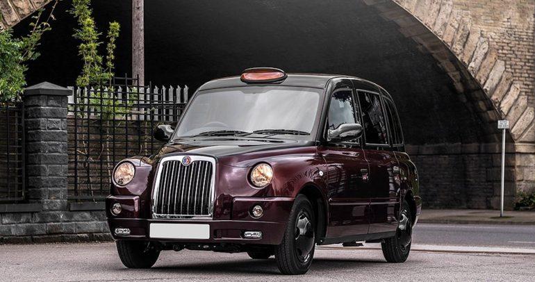 كاهن لندن تكسيTX4 :لندن تخطف الأنظار بسيّارة أجرة فاخرة